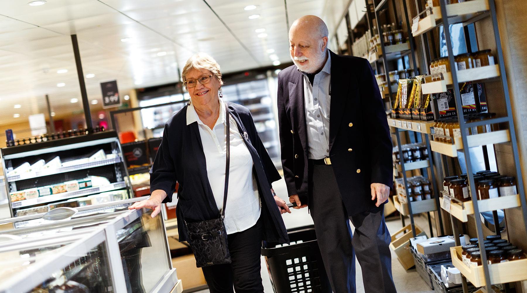Handle om bord i verdens største taxfree-butikk på MS Oslofjord.