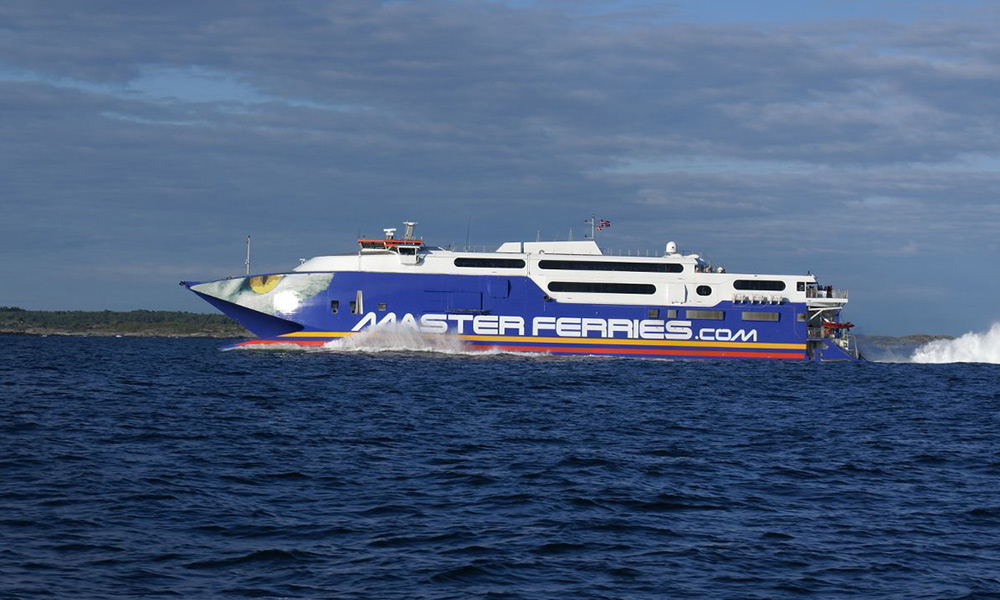 The high-speed catamaran, HSC Fjord Cat, was put into operation on the new express line between Hirtshals and Kristiansand in 2008.