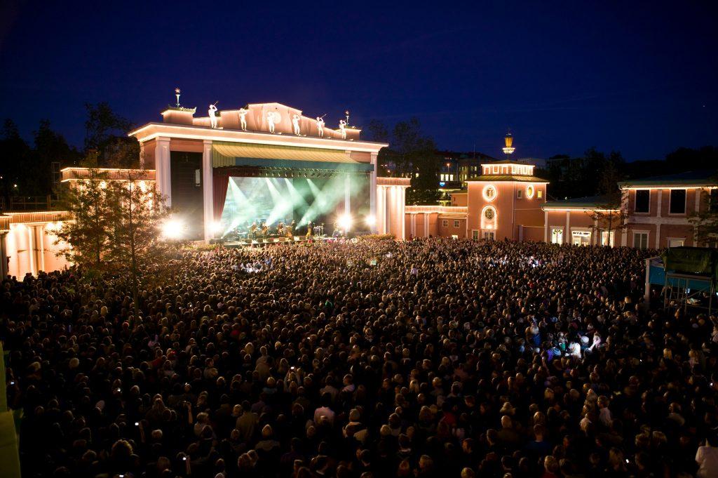 God stemning i Liseberg: Hvert år arrangeres det flere konserter i det som er Nordens største fornøyelsespark. Foto: www.liseberg.se