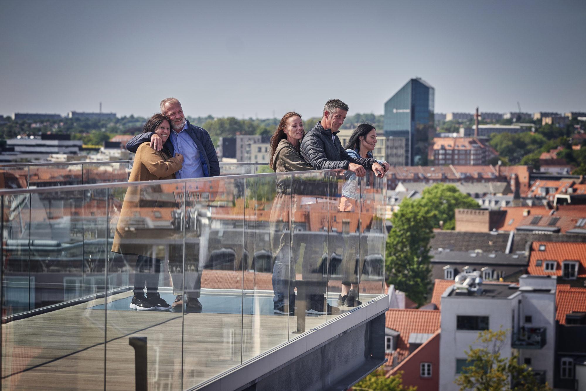 Utsikt. Fra Salling Rooftop i Aarhus, har du fenomenal utsikt. Barna elsker stedet. Foto: Fjord Line